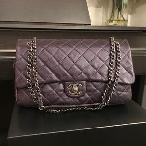 Auth CHANEL Eggplant Caviar Flap bag